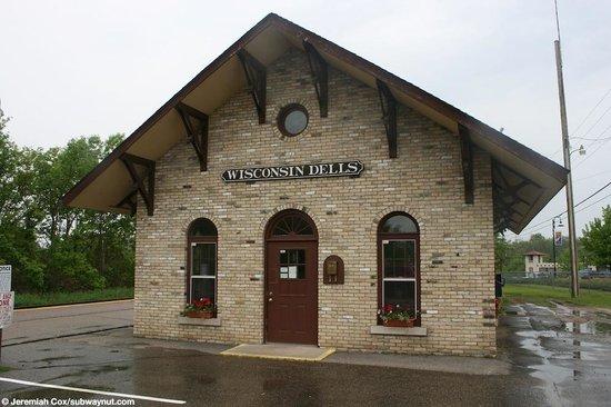 Howies Restaurant of Wisconsin Dells