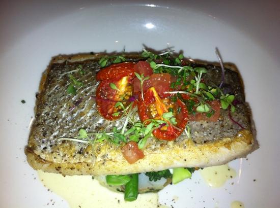 Catharina's Restaurant at Steenberg: delish fish!