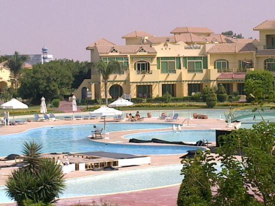 Movenpick Hotel Cairo-Media City: Pool