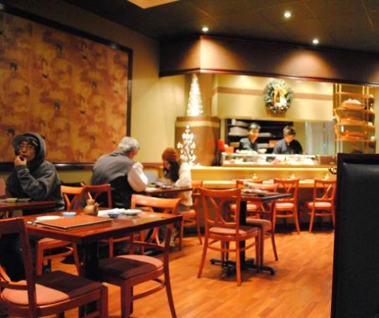 Restaurant Reviews Photos: Hinote Sushi Restaurant, Mississauga