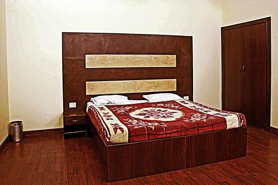 Taj Home Stay: Double room