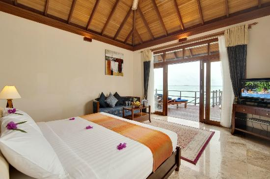 Olhuveli Beach & Spa Resort: Jacuzzi Water Villa at Olhuveli Maldives