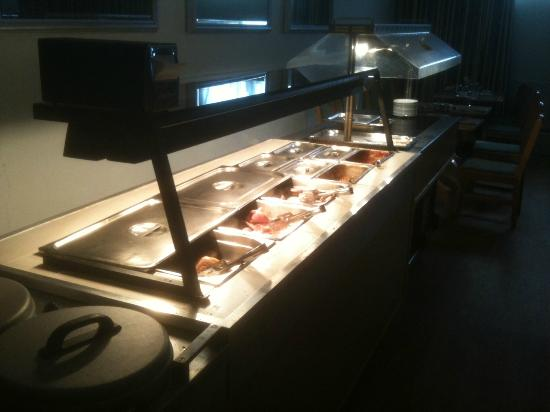 Sandy Lodge Hotel: All you can eat Buffet Breakfast