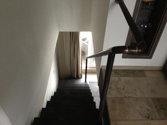 BURNS Art & Culture: View down the iron staircase