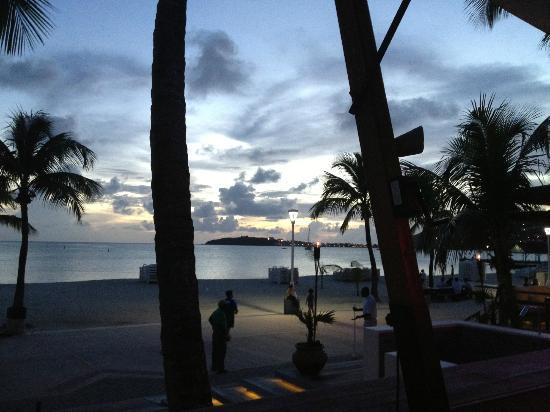 Flamingo Beach Resort: Views 