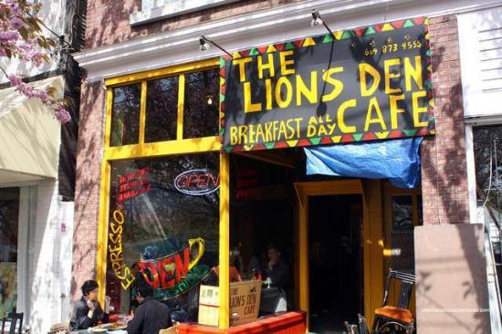 Lions Den Cafe Vancouver Mt Pleasant Restaurant