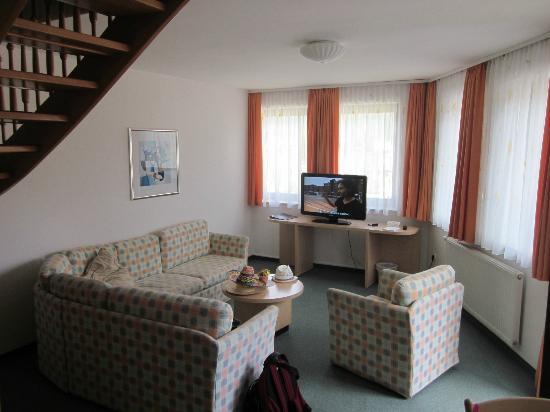 Hotel & Restaurant Miklic: Le salon dans la chambre-appartement