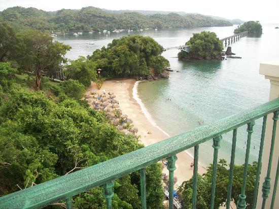 Grand Bahia Principe Cayacoa: a l hotel paysage