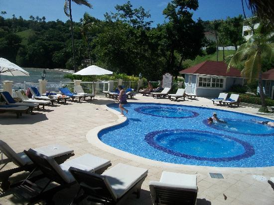 Grand Bahia Principe Cayacoa: la piscine principale