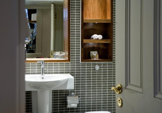 Fraser Suites Edinburgh: Bathroom