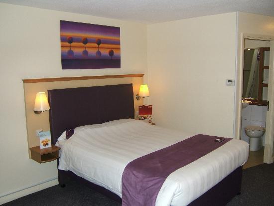 Premier Inn Lancaster Hotel: Big comfy bed
