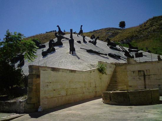 Istituto Fondazione di Alta Cultura Orestiadi: la montagna di sale