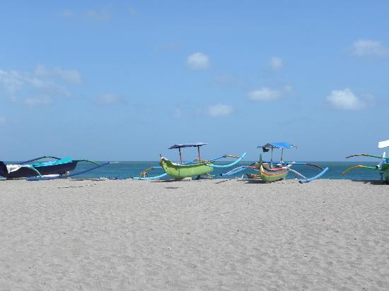 Risata Bali Resort & Spa: Plage