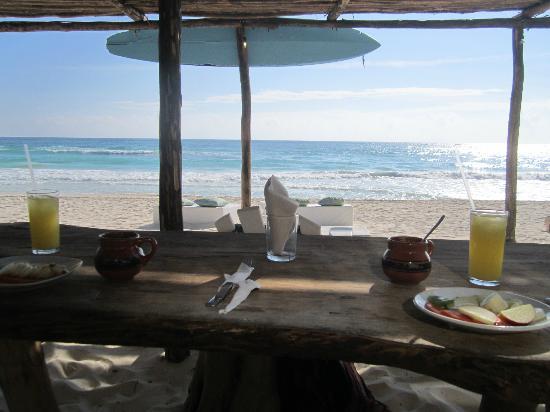 Luv Tulum : Petit déjeuner sur la plage