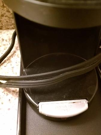 Quality Inn Historic East - Busch Gardens Area: the coffee maker we will not be using