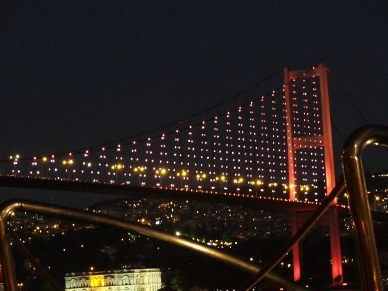 Radisson Blu Bosphorus Hotel, Istanbul: Cena