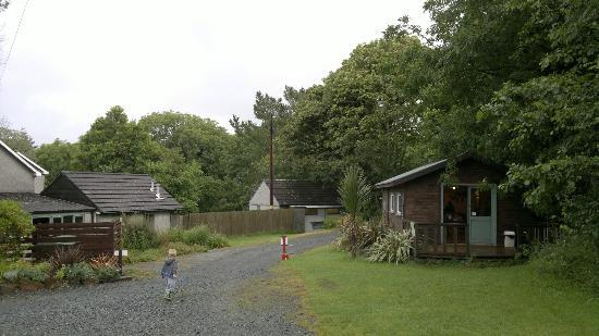 Franchis Holiday Park: shop / shower block / utility area / phone box