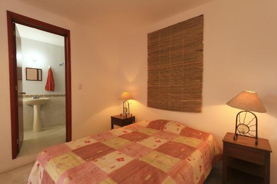 Cielo Rojo Hostel, Oaxaca: Private rooms