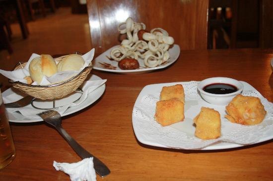 Restaurante Terraza La Mejorana: Tapas de croquetas y queso