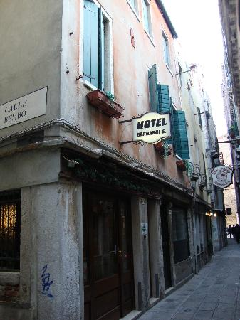 Hotel Bernardi Semenzato: hotel from the outside