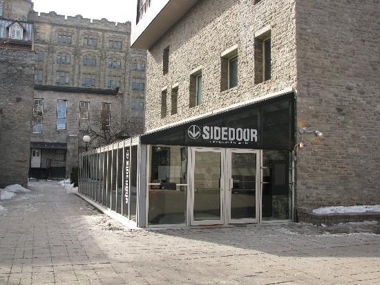 Sidedoor Contemporary Kitchen Amp Bar Ottawa Menu Prices