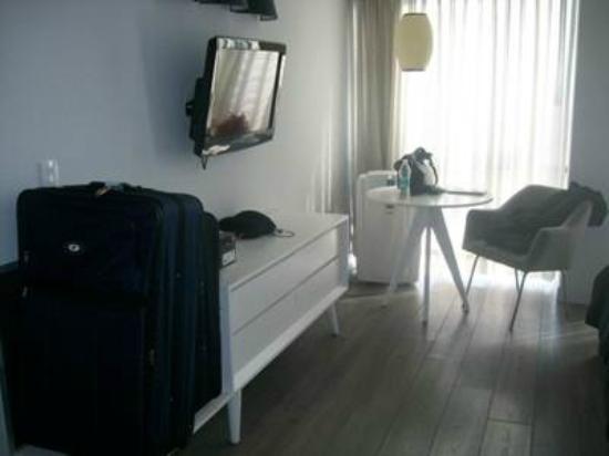 Hotel El Ejecutivo: Área de la habitación