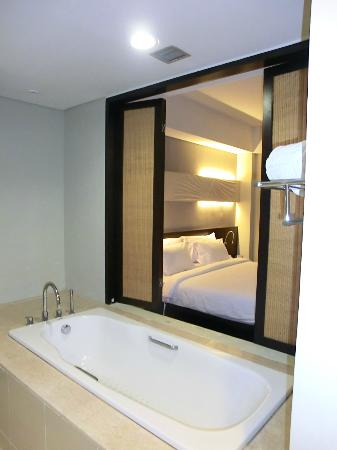 Novotel Manado Golf Resort & Convention Centre: Overlooking the bedroom