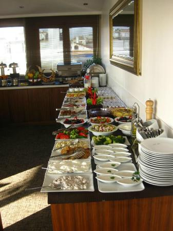 Ambassador Hotel: Frühstück