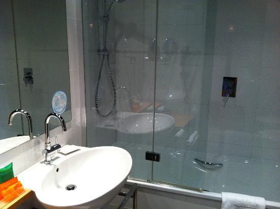 NH Milano Fiera: bagno