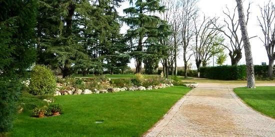 Relais Villa Valfiore: parco