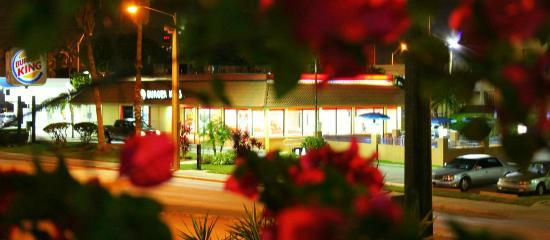 Parkway Inn Airport Motel: Tomada desde la habitación