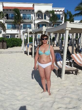 The Royal Playa del Carmen: playa a la mañana