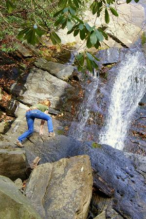 Glen Burney Trail : great place to do some exploring.. just be careful!