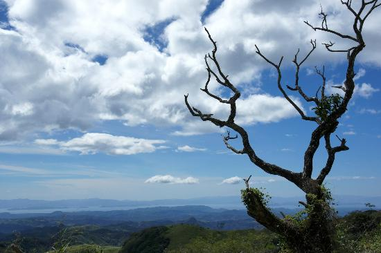 Monteverde Rustic Lodge: The drive from Santa Elena to pacific coast is challenging but rewarding