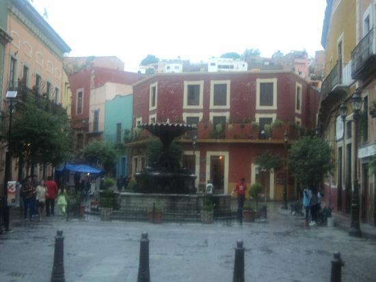 Casa De Pita: Plaza El Baratillo