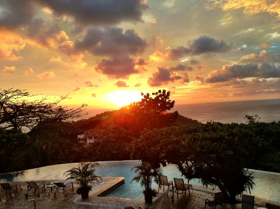 La Mariposa Hotel: THE VIEW!!!