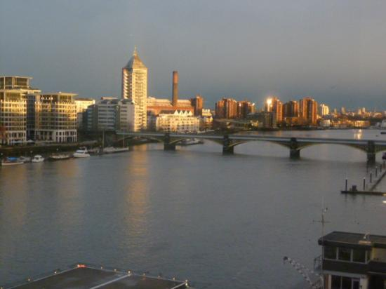 Crowne Plaza London - Battersea: View from room 504