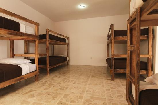 Cielo Rojo Hostel, Oaxaca : Mixed Dorm 8 Pax