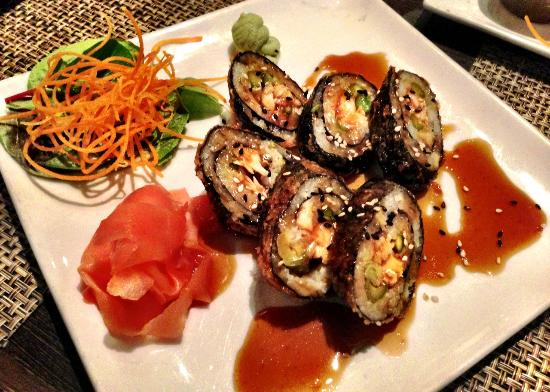 Wild East Asian Bistro: Tempura Salmon Rolls