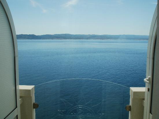 Sunceva Postelja: Sea view from the panoramic elevator