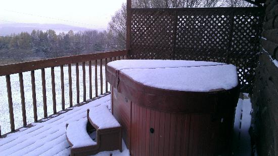 Bear Mountain Lodge: Snow Covered Hot Tub- It's Still Toasty Under The Cover!