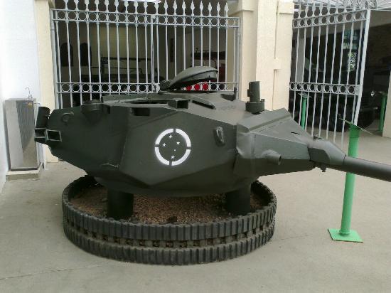 Military Museum: belo museu !!!