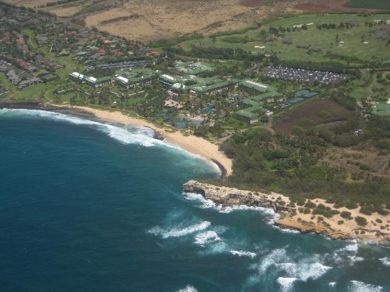 Grand Hyatt Kauai Resort & Spa: In air view of Grand Hyatt grounds