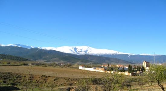 Hotel Villa de Laujar: Sierra Nevada Mountain view from the North side
