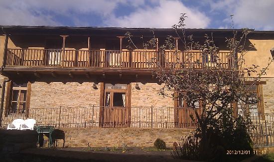 Las Fontaninas: fachada principal2