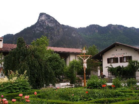 view from pilatushaus gardens