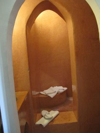 Riad Villa El Arsa: Bathroom