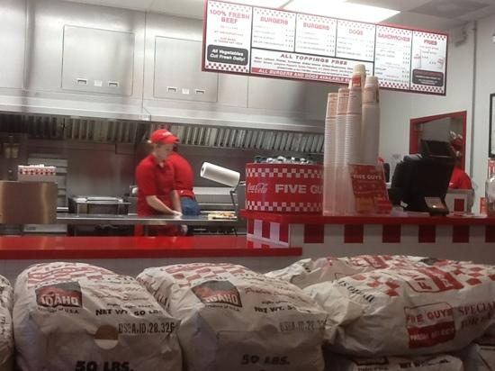 Five Guys Incorporated: Clean n delicious