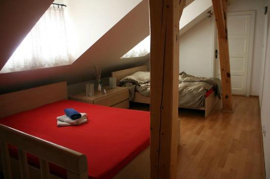 Apartments Tynska 7: Camera da letto al secondo piano