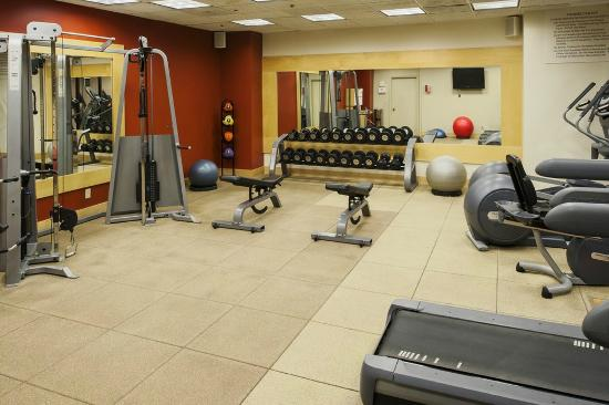 Doubletree Hotel Omaha - Downtown / Old Market: Fitness Center